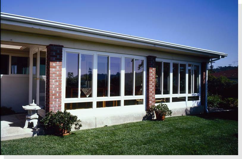 Prefab sunroom walls sunroom wall kits diy insulated for Modular sunroom